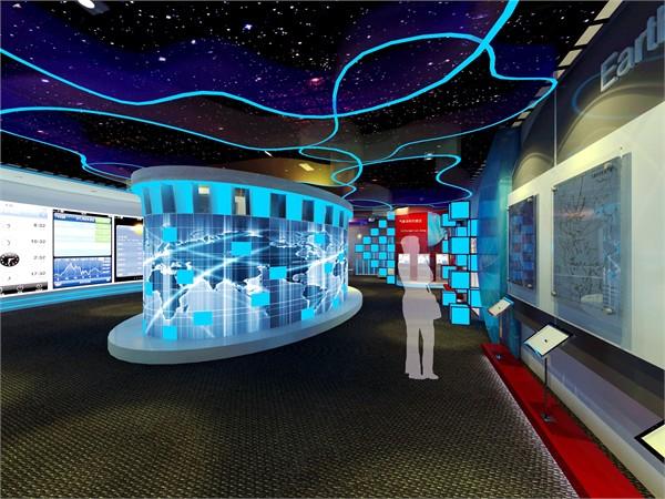 展厅中央为互动式感应触屏,观众任意接触此屏某现实区域,则相对应出现