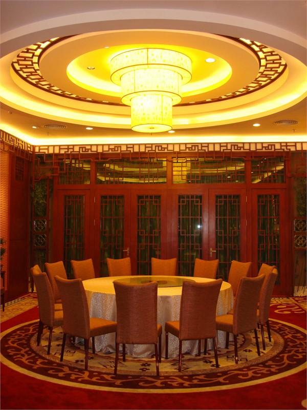 项目是广州市珠江帝景酒店附设圣轩酒家的宴会厅,设计为新中式风格图片