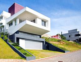 Westphal & Kosciuk在巴西建坡道住宅