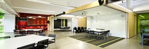 伍兹贝格助阵未来版梦想中心教室公益设计