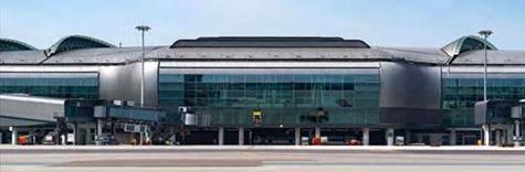香港国际机场中场客运廊全面投入运营